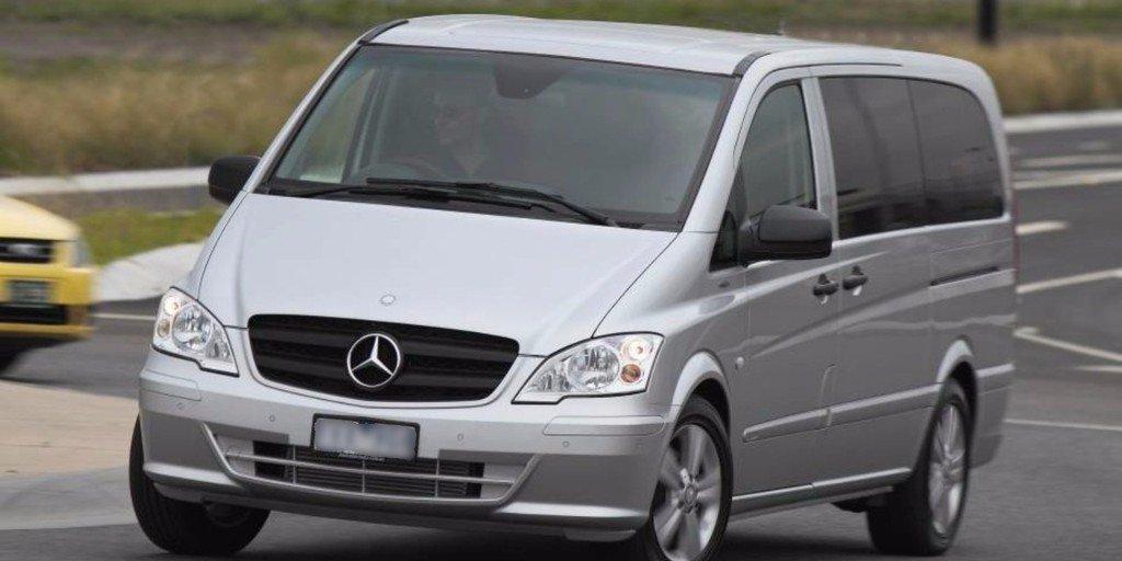 silver mini van