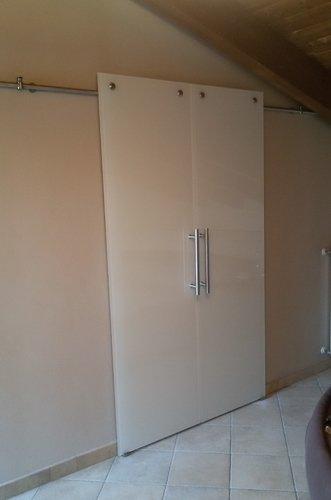 armadio scorrevole chiuso