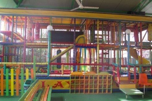 Scivoli e labirinti di palline