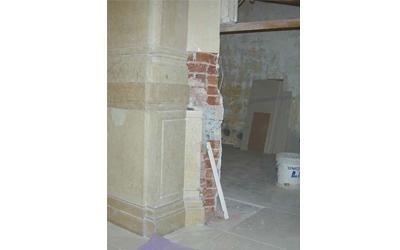 porta prima del restauro