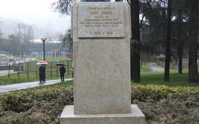 restauro targa commemorativa