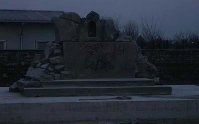 mausoleo di notte