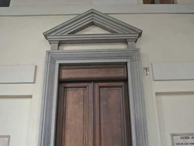 Architrave in pietra di Diorite
