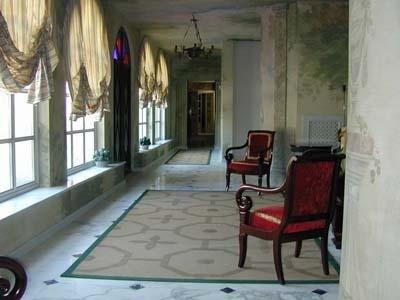 Pavimento in marmo Bianco