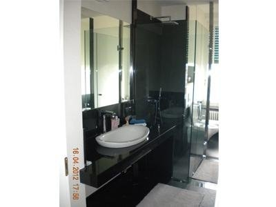 bagno realizzato in granito Nero Assoluto