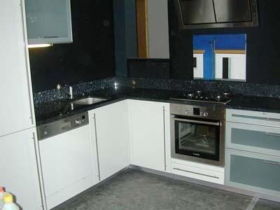 cucina in granito Labrador Azzurro