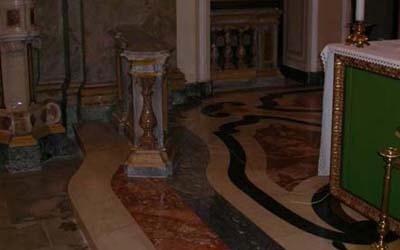pavimentazione in marmo chiesa