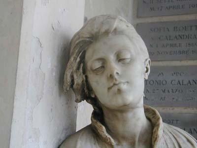 testa statua in marmo