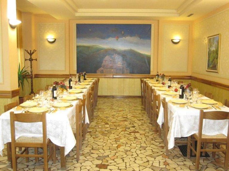 ristorante polaveno