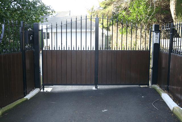 Electric Sliding Domestic Gate
