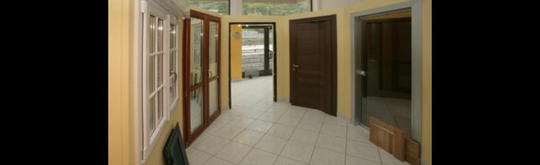Porte finestre serramenti zanzariere genova cuneo - Zanzariere per finestre genova ...