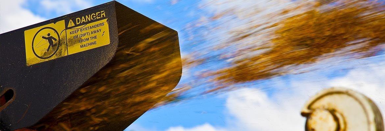 wood chip chute