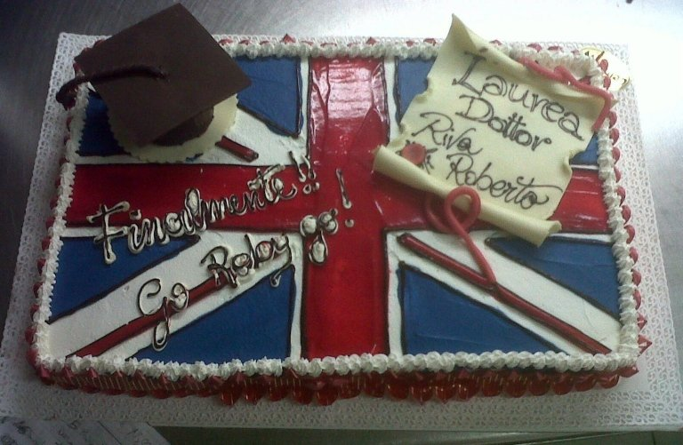 torta laurea inglese
