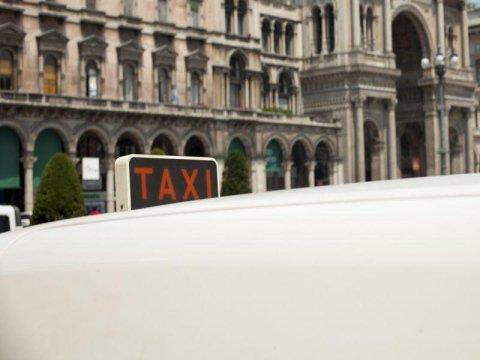 taxi notturno modena