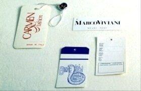 Etichette in cartone per abiti
