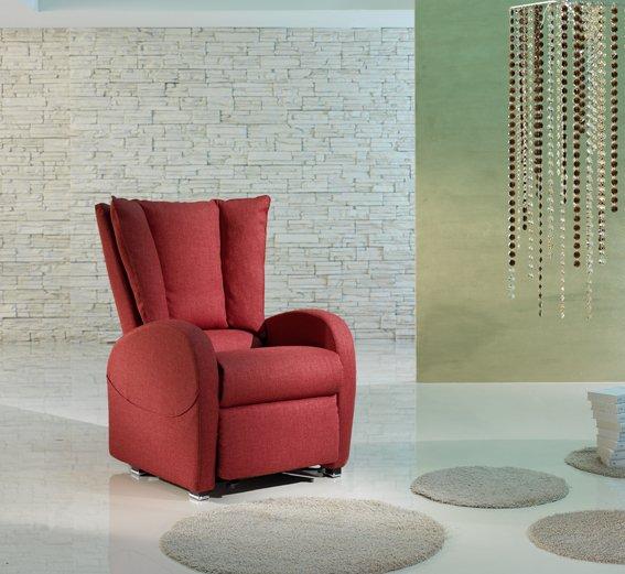 Arredo soggiorno e divani valfurva so bormio livigno for Arredamenti livigno