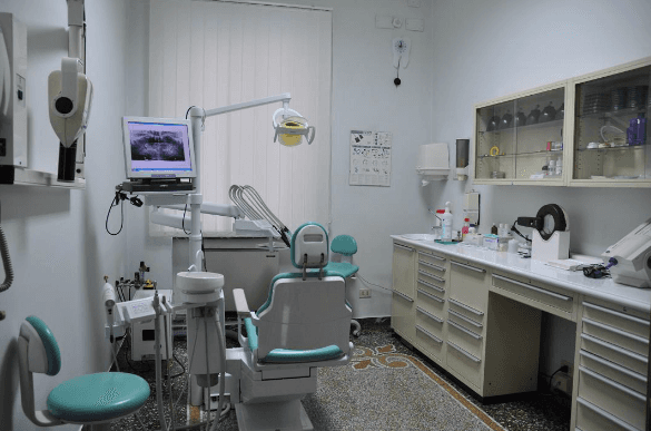 Dentista Bardoneschi Genova - Studio4