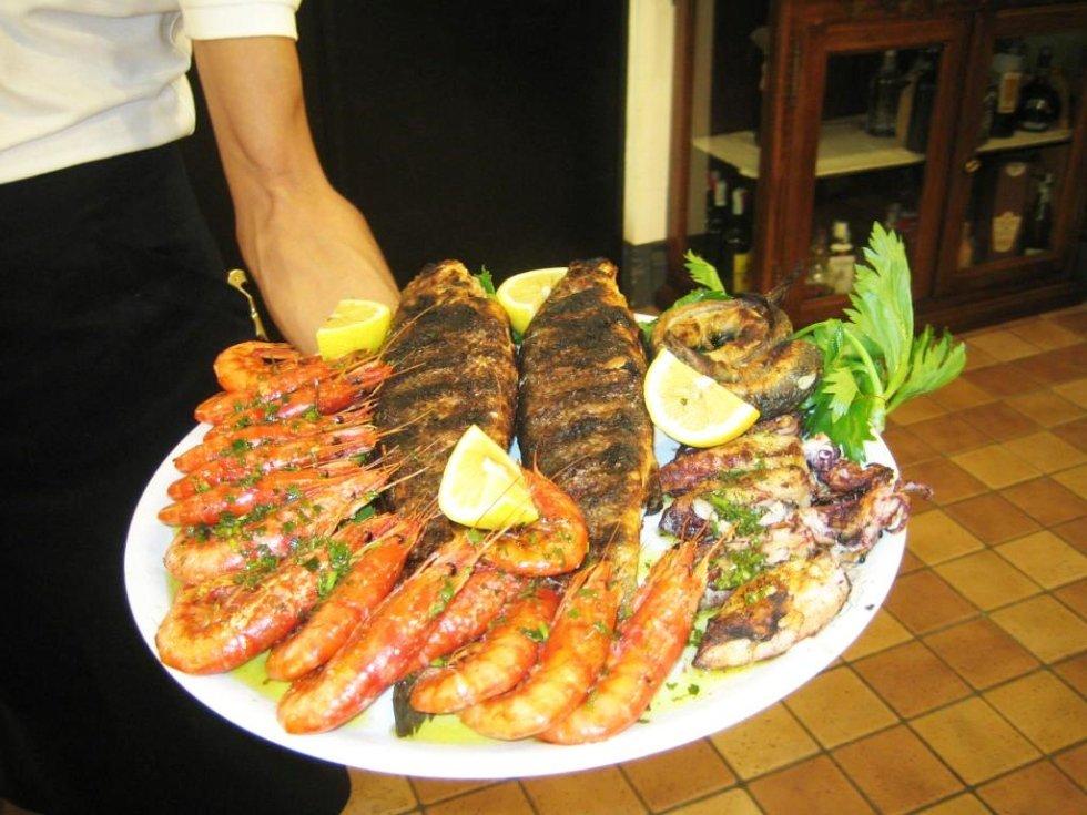 Pesce arrosto e gamberoni