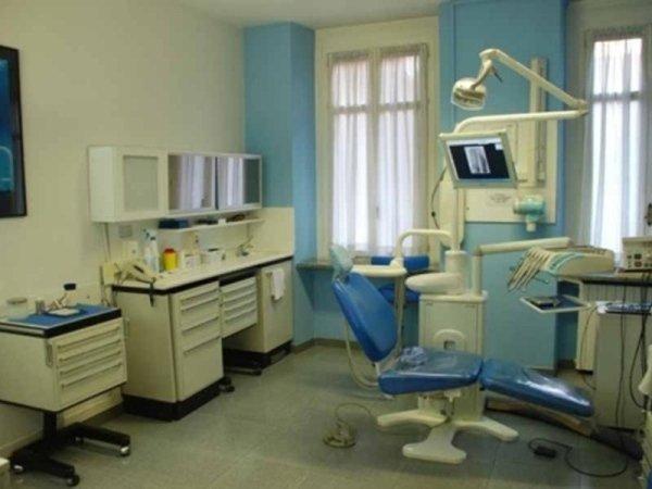 strumentazione dentista