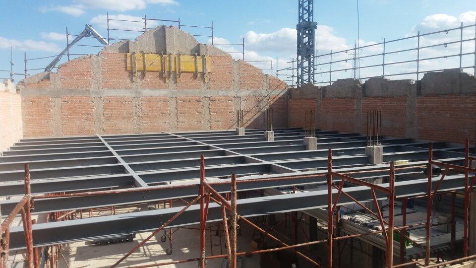 struttura in metallo per sostenere edificio