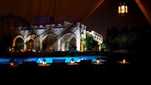 panoramica del relais con piscina