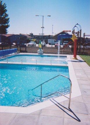 Swimming Pool Builder London