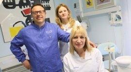 un team di un ambulatorio dentistico