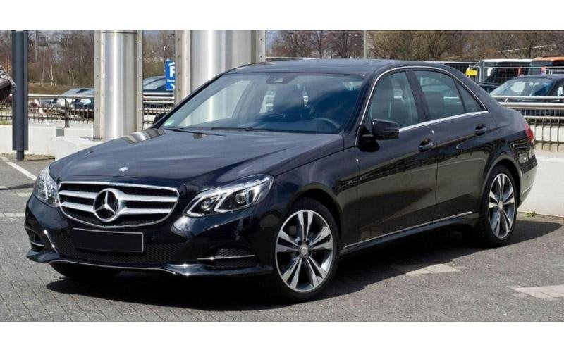 Mercedes E-class car hire