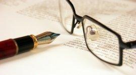 penna stilografica, occhiali da vista