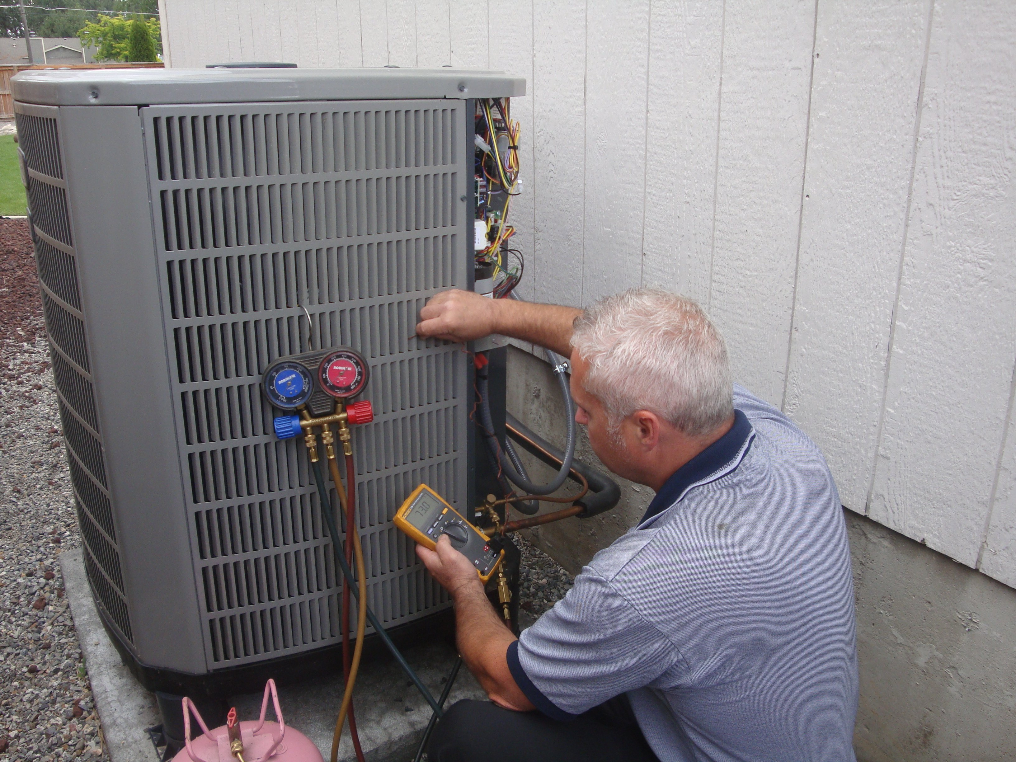 Heating & Air Conditioning Contractor in