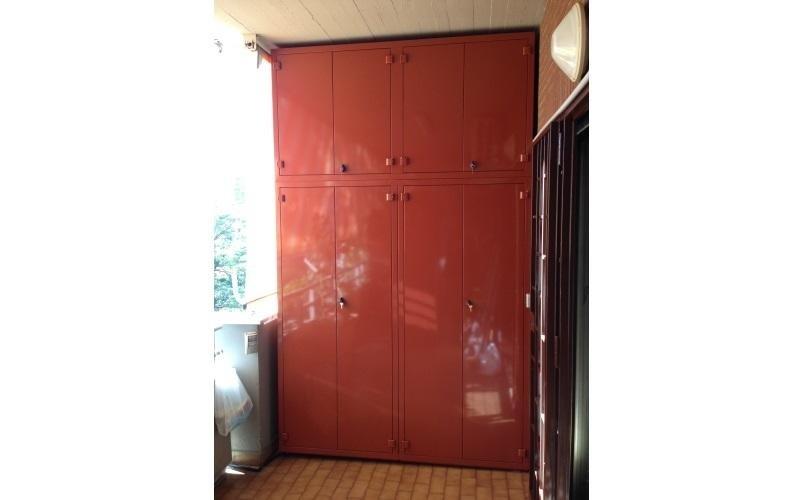 armadio metallo laccato