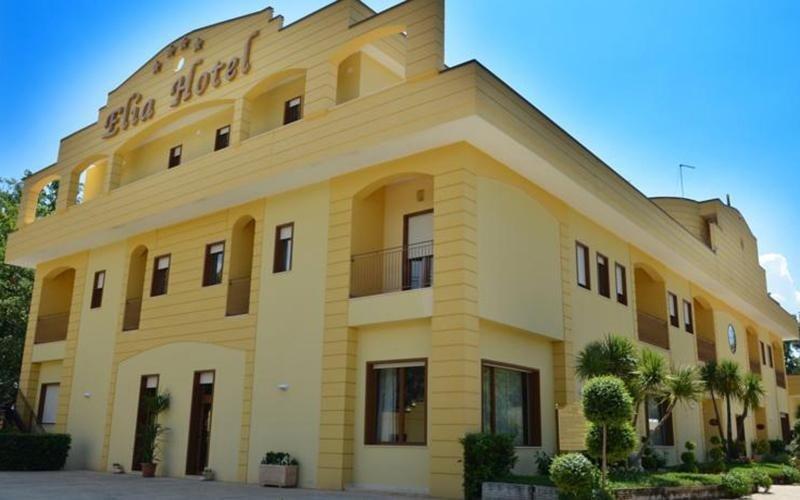 vista angolare di ELIA HOTEL