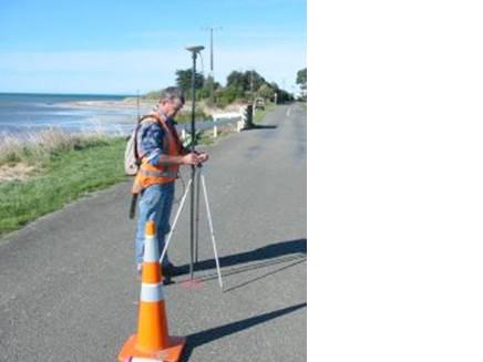 Craig GPS surveying at Pakawau