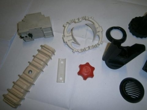 stampaggio componenti plastiche