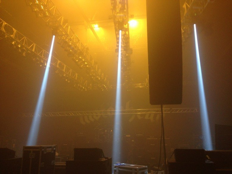 yellow coloured dual beam lights