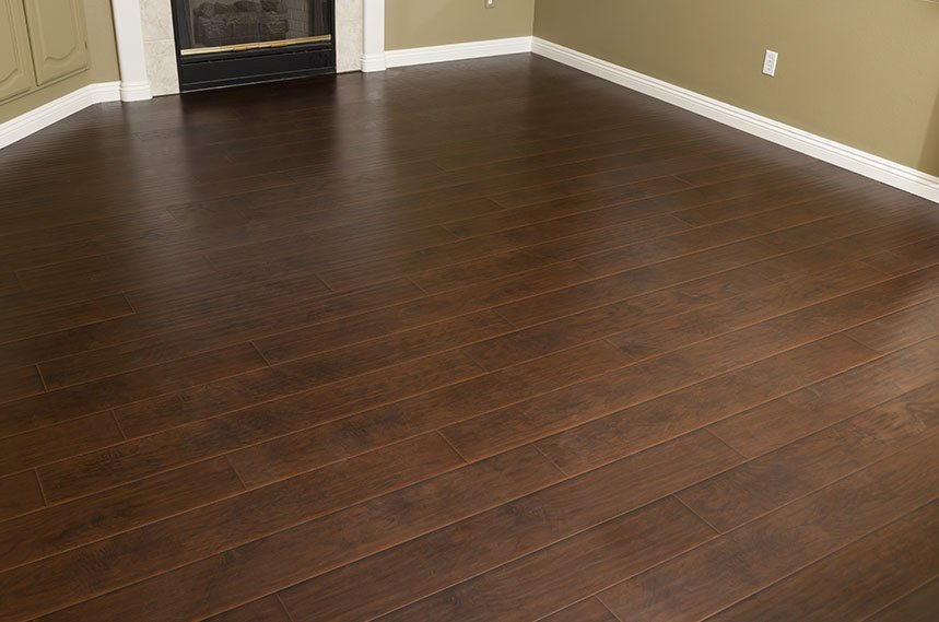 Beautiful newly installed brown laminate flooring
