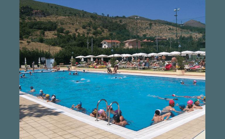 Hotel centro sportivo piscina caserta hotel belvedere - Piscina hidron campi ...