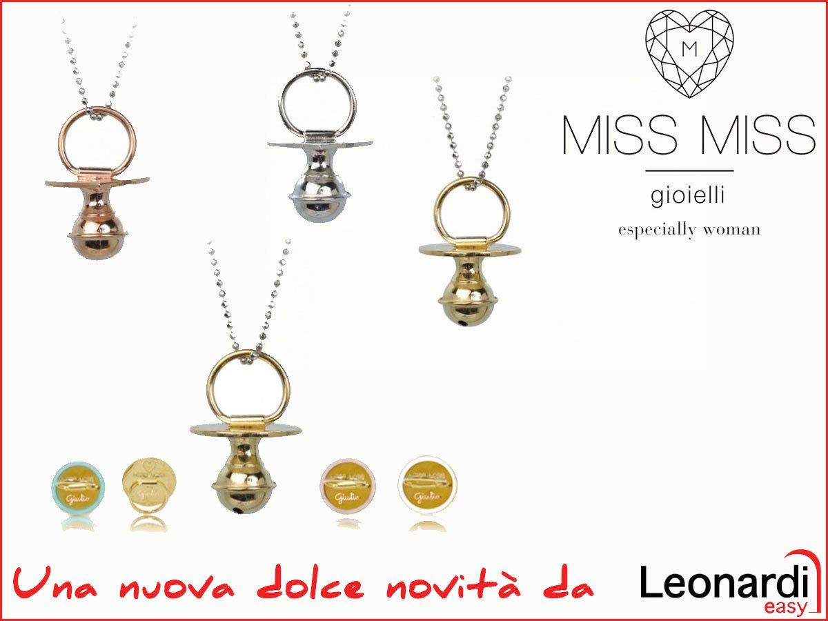 immagine con scritto Miss Miss gioielli especially woman con dei pendenti
