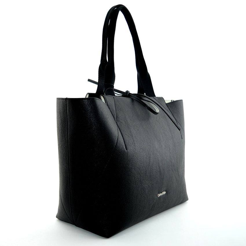 una borsa nera