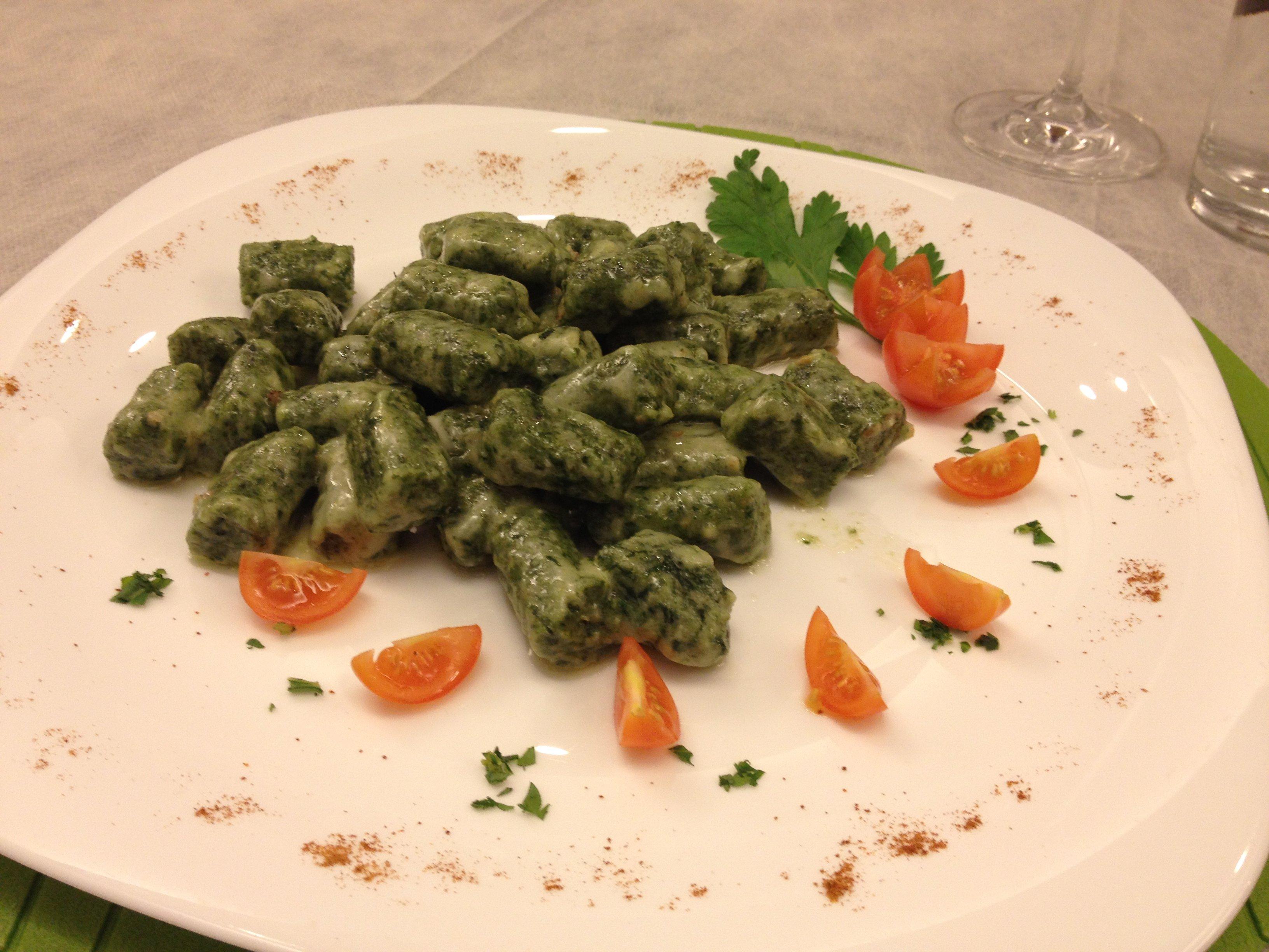 Piatto di gnocchetti di verdure