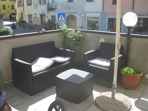 terrazza-zona relax albergo