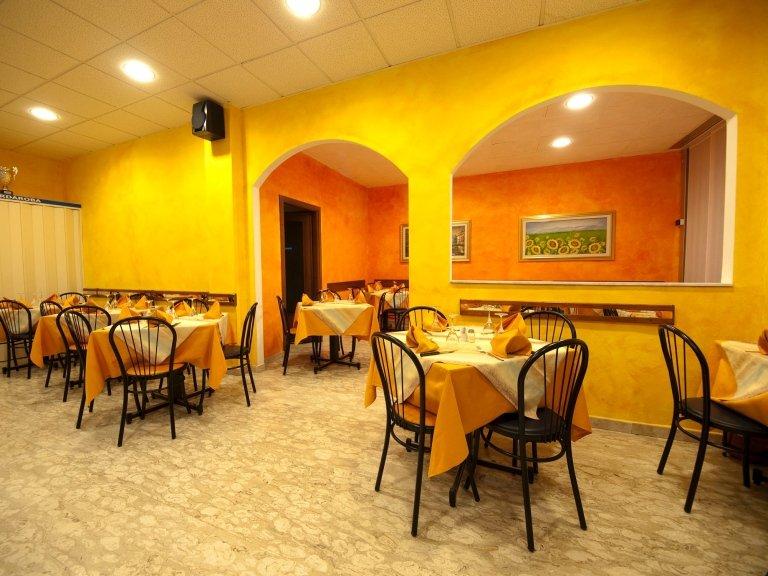 sala pizzeria Sorrento