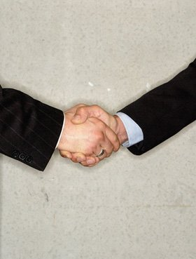 Solicitors - Kingstanding, Birmingham - Roskell, Davies & Company - Hand shake