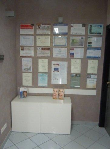 bacheca certificazioni dentista