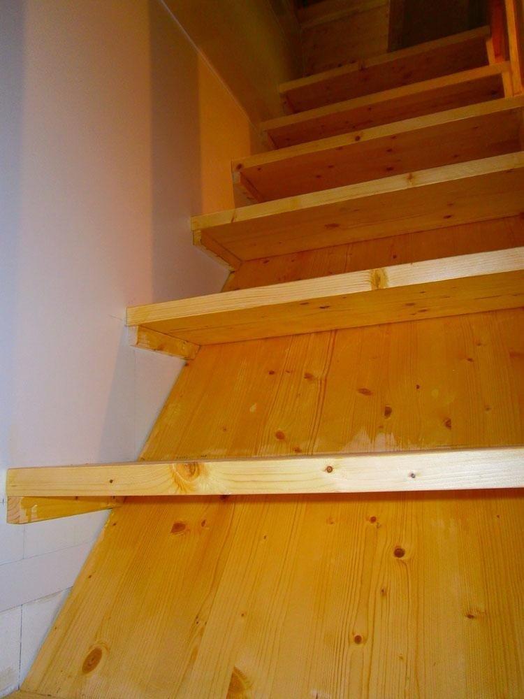 Scale in legno su misura