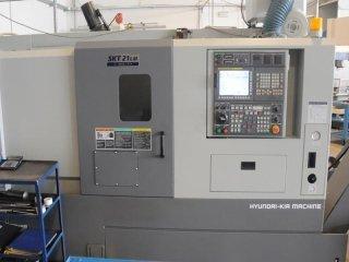 Tornio CNC hyunday