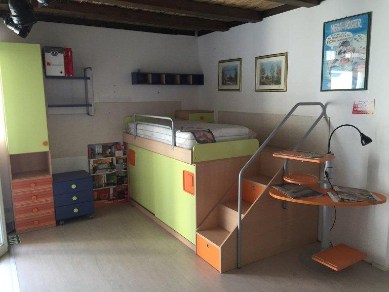Cameretta Bimbo Progetto euro 3695,00 scontata euro 1100,00