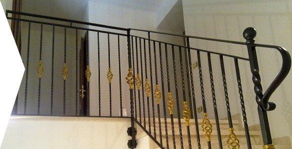 parapetto scala in ferro battuto