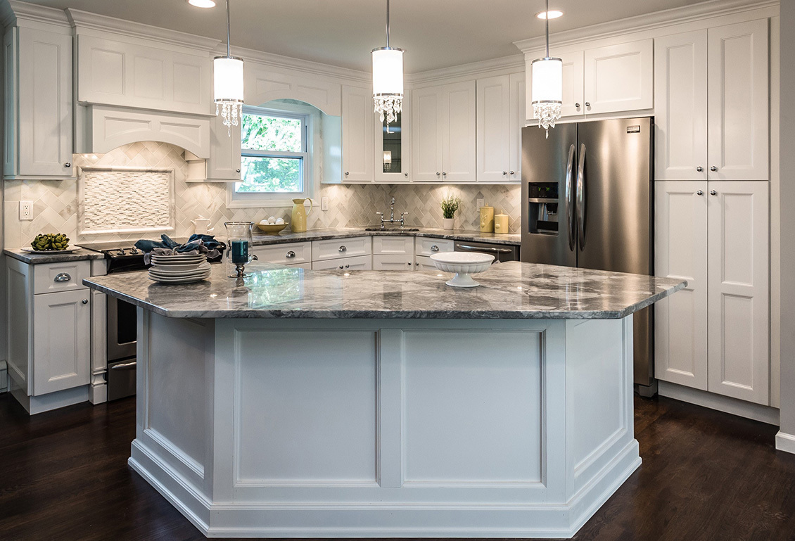 White Kitchen Cabinets In Savannah, GA