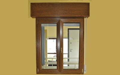 finestra con cassone